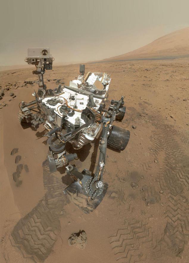 """Даже на Марсе есть кому теперь сделать """"селфи"""""""