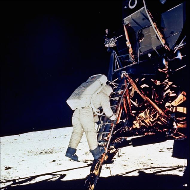 Все думали, что это Армстронг, а это был Олдрин