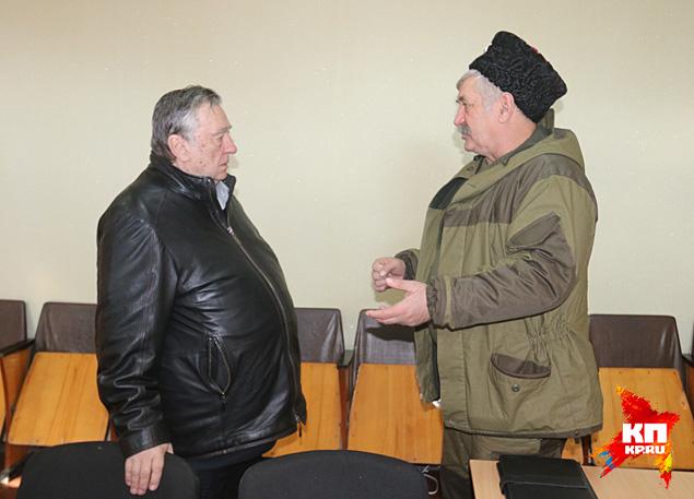 Александр Проханов и Николай Козицын в Перевальске Фото: Александр КОЦ, Дмитрий СТЕШИН