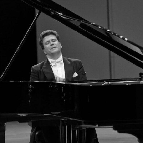 «Домашний сезон» в Филармонии от Дениса Мацуева