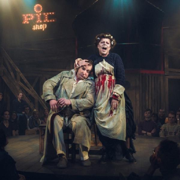 Спектакль «Суини Тодд, маньяк-цирюльник с Флит-стрит» в Театре на Таганке