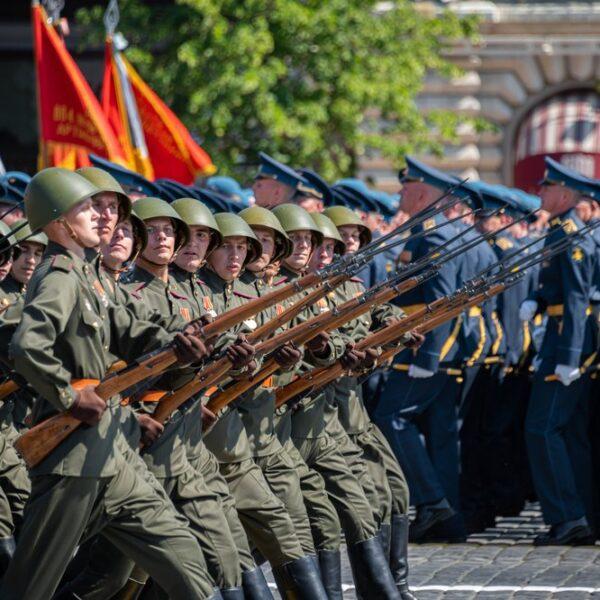 Командующий Парадом Победы в Москве