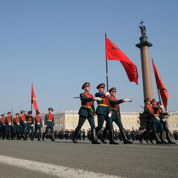 Где посмотреть Парад Победы в Санкт-Петербурге