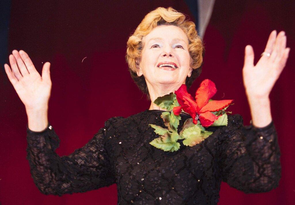 Актриса всегда отдавала предпочтение театру, в кино снималась мало. Фото: Global look press