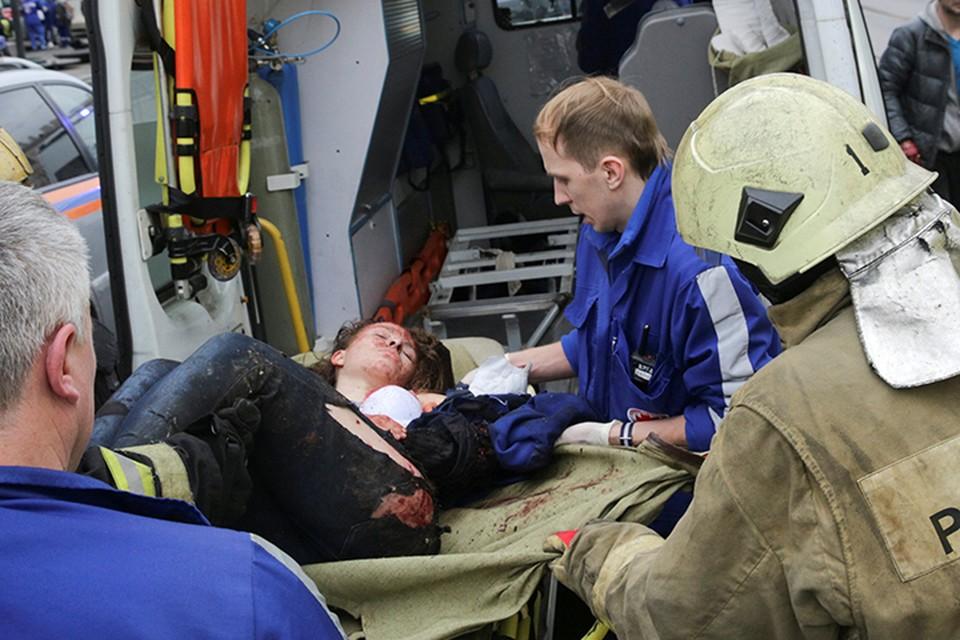 Травмированных пассажиров направляют в крупные больницы Петербурга