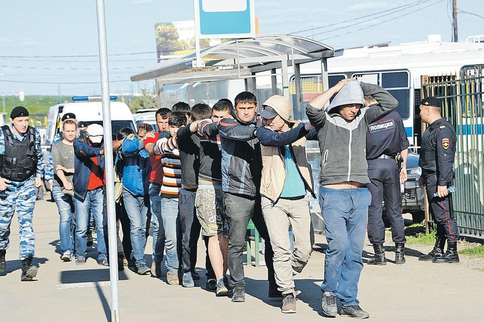 Дворники и строители из Средней Азии уходят в бандиты