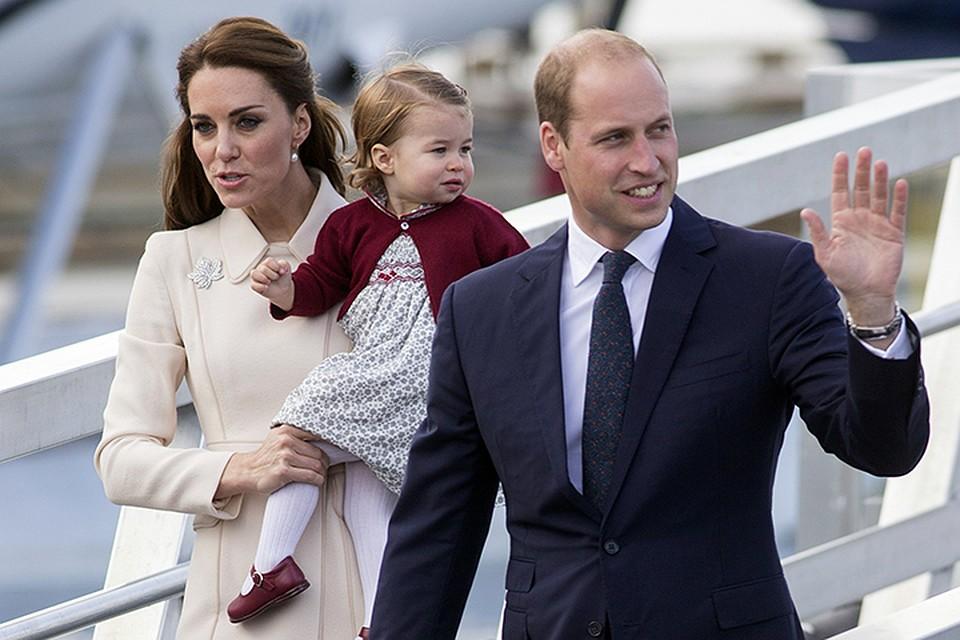 Шарлотта - второй ребенок принца Уильяма и герцогини Кембриджской Кейт Миддлтон