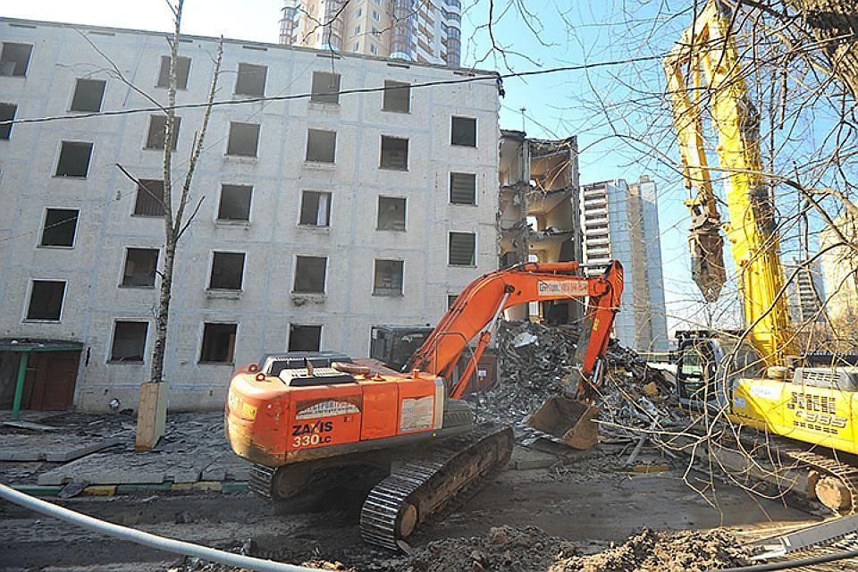 Госдума отложит обсуждение сноса пятиэтажек в Москве до итогов опроса жителей