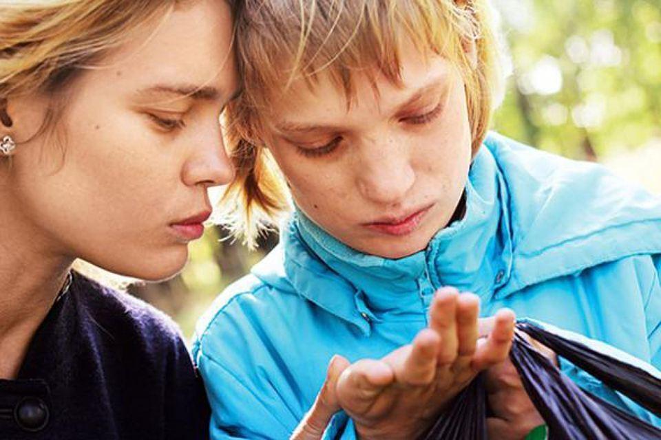 Наталья Водянова говорит, что аутизм - не болезнь, а «особенность», и это якобы везде признано. Фото: Личная страничка героя публикации в соцсети