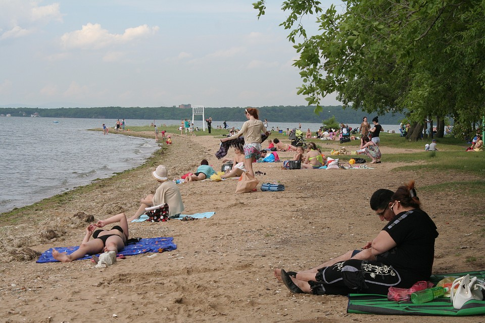 пляжи владивостока где можно купаться девчонок мальчишек гости