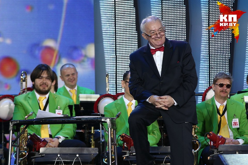 """Михаил Финберг говорит: """"Чтобы продавать билеты на оркестр, нужны лица. А откуда им взяться, если их не показывают по ТВ? Меня самого не показывают!"""""""