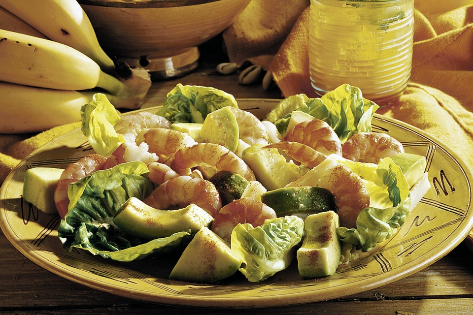 Салат с айсбергом, креветками и авокадо Фото: фотобанк Лори, Fotolia/PhotoXPress.ru