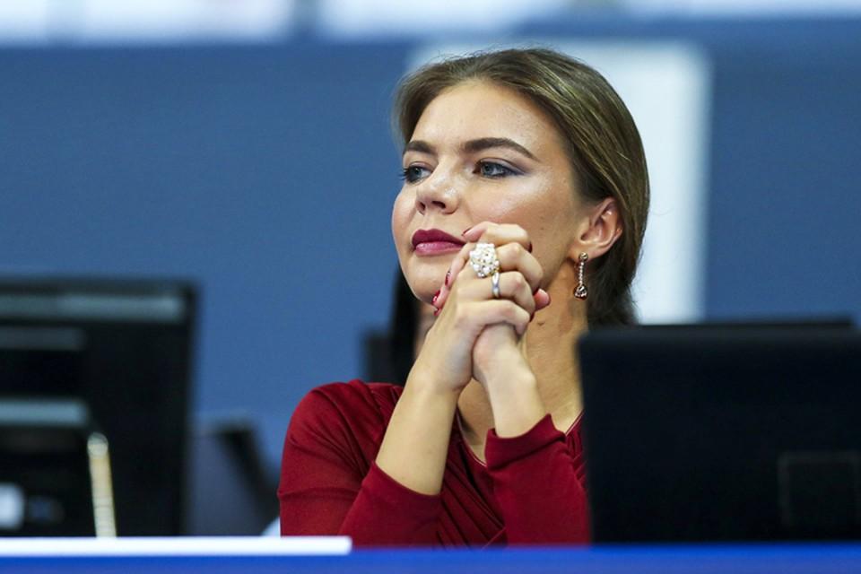 Алина Кабаева прилетела в Италию на Чемпионат мира по художественной гимнастике.