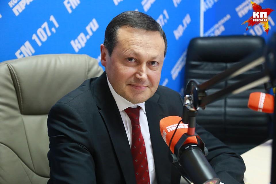 Глава Красноярска Эдхам Акбулатов в эфире радио «Комсомольская Правда» (107,1 FM)
