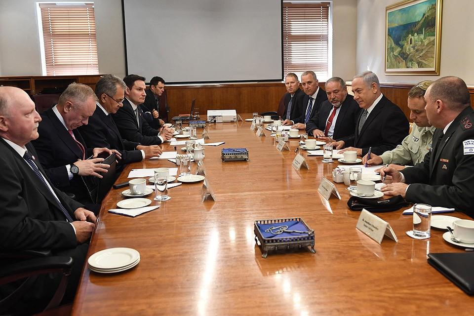 Переговоры делегации Министерства обороны РФ в Израиле. ФОТО Хаим ЦАХ