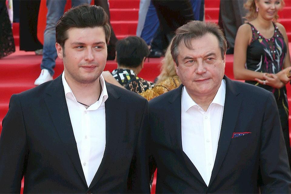 Режиссер Алексей Учитель (справа) с сыном Ильей.
