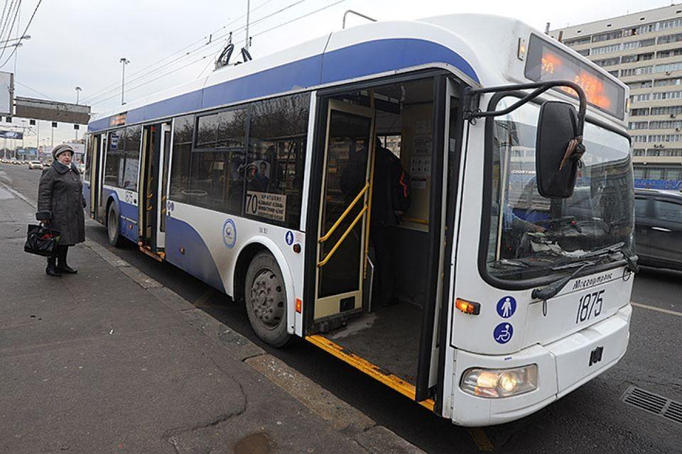 В начале следующего года автобусы заговорят на английском языке