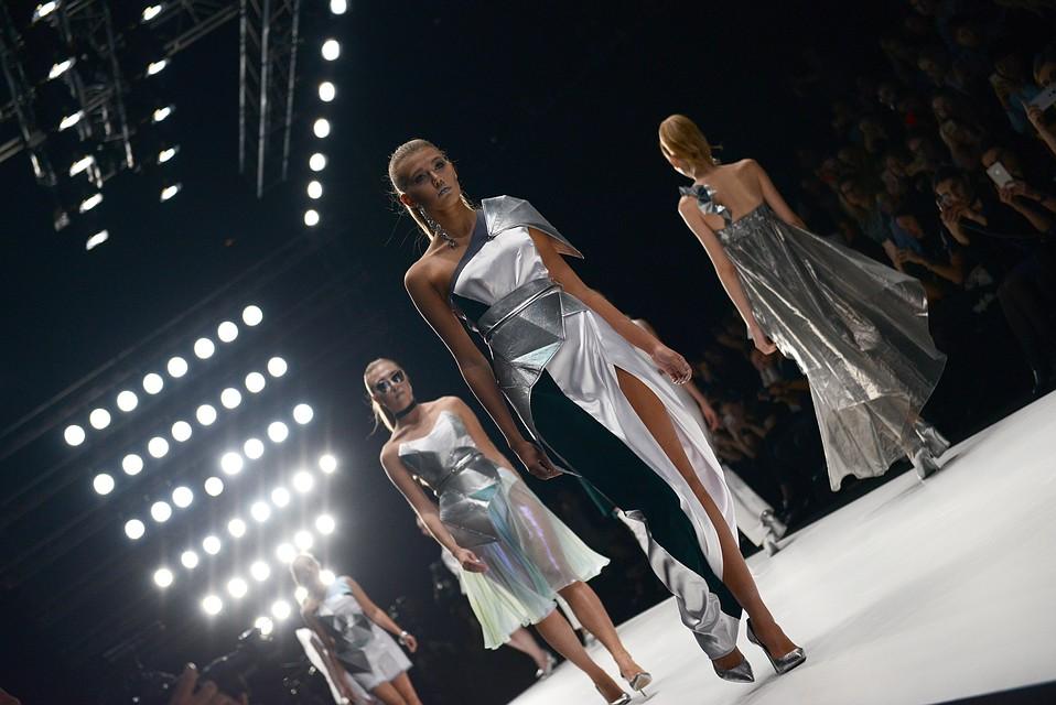 68d1746c0062 17-летний Вадим Фомин из Краснодара представил свою коллекцию на Неделе моды  в Москве