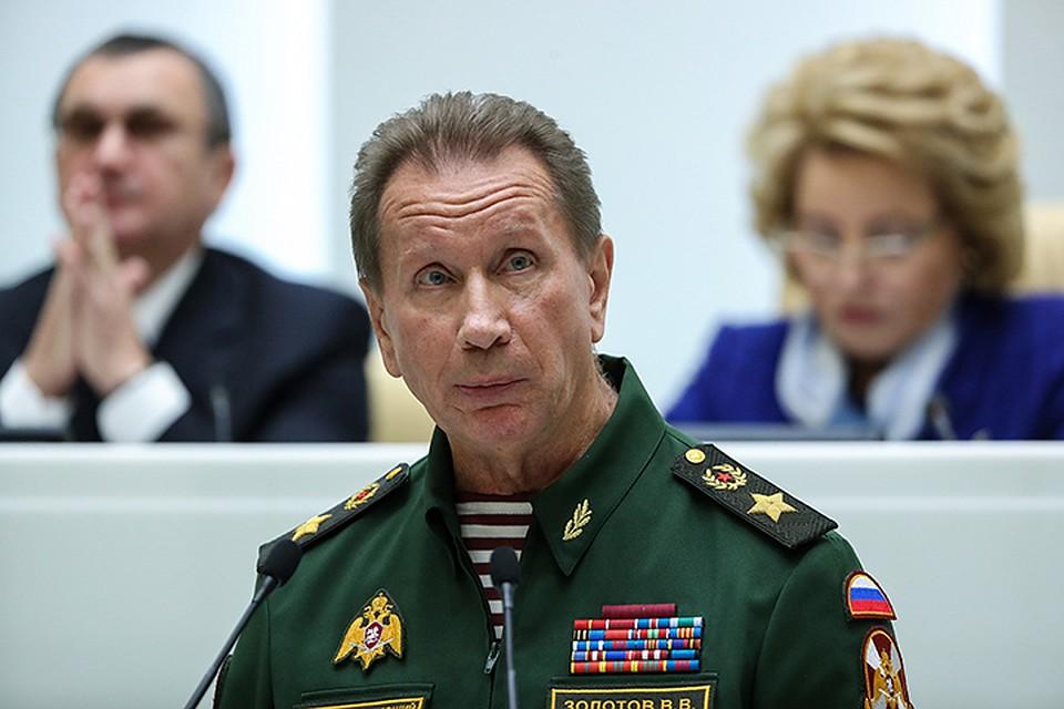 """""""Та мені нах#й твій президент не впав! Я зараз в'#бу тебе нах#й, і мені нічого за це не буде"""", - росгвардієць побив промоутера біля Кремля - Цензор.НЕТ 5019"""