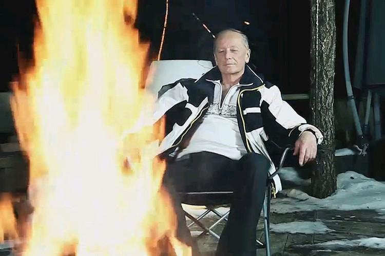 Кадр из последнего видео Михаила Задорнова.