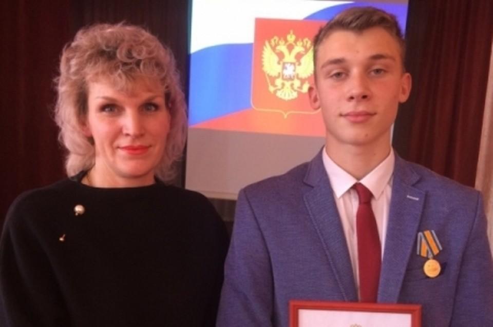 17-летний школьник из Тулуна, который спас двух тонущих мальчиков: Мечтаю работать в МЧС и помогать людям. Фото: пресс-служба ГУ МЧС по Иркутской области.