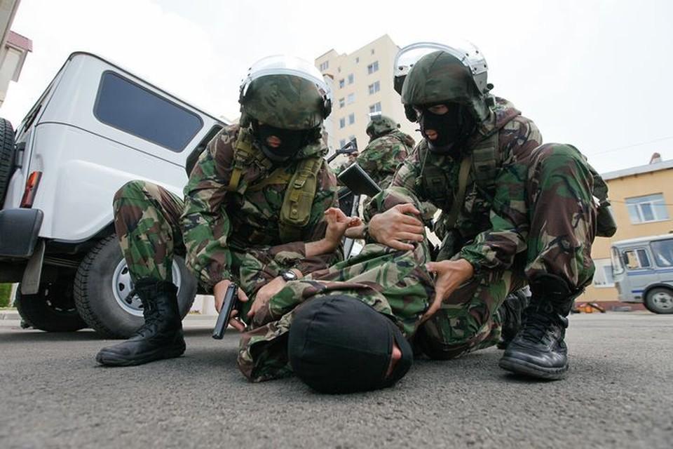 В этом году сотрудники УФСБ по Ставрополью задержали порядка 800 преступников.