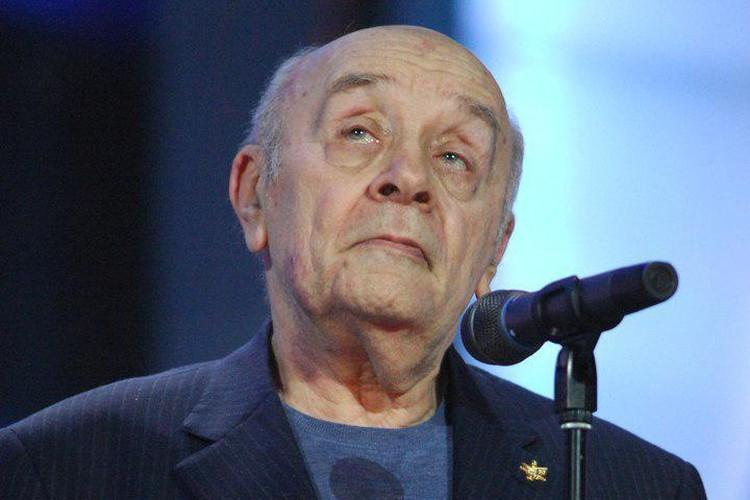 Леонид Броневой умер 9 декабря в 7.30 утра. Александр Куров/ТАСС