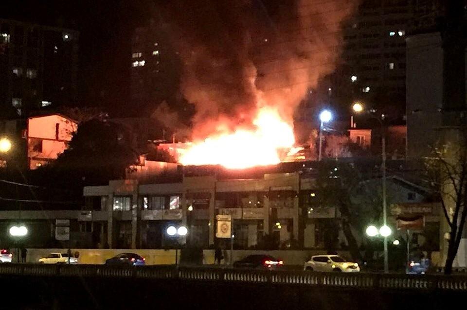 любое пожар в металлострое 2016 ночью