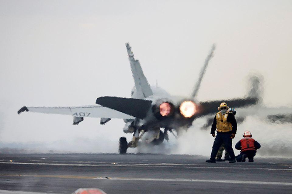 Пентагон: военная авиация США продолжит летать у границ России