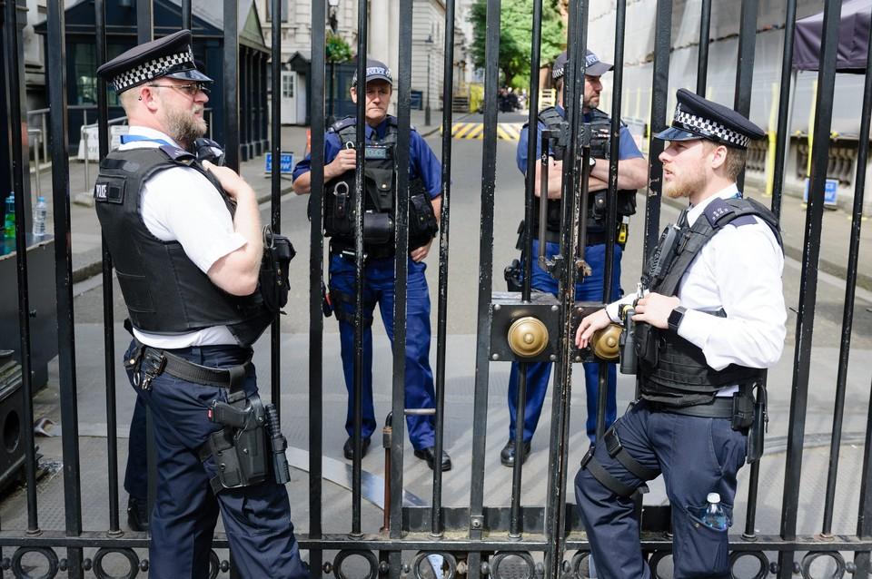 """В последних записях полицейских в твиттере уже прослеживались """"нотки"""" отчаяния и непонимания"""
