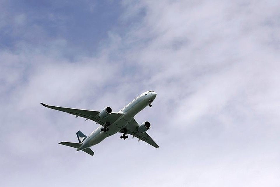 Ранее стало известно, что в Иране разбился самолет с 60 пассажирами на борту