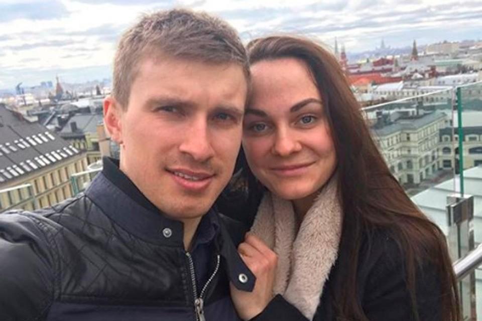 Бронзовой призерке Олимпиады в Пхенчхане Анастасии Седовой жених сделал предложение в аэропорту.