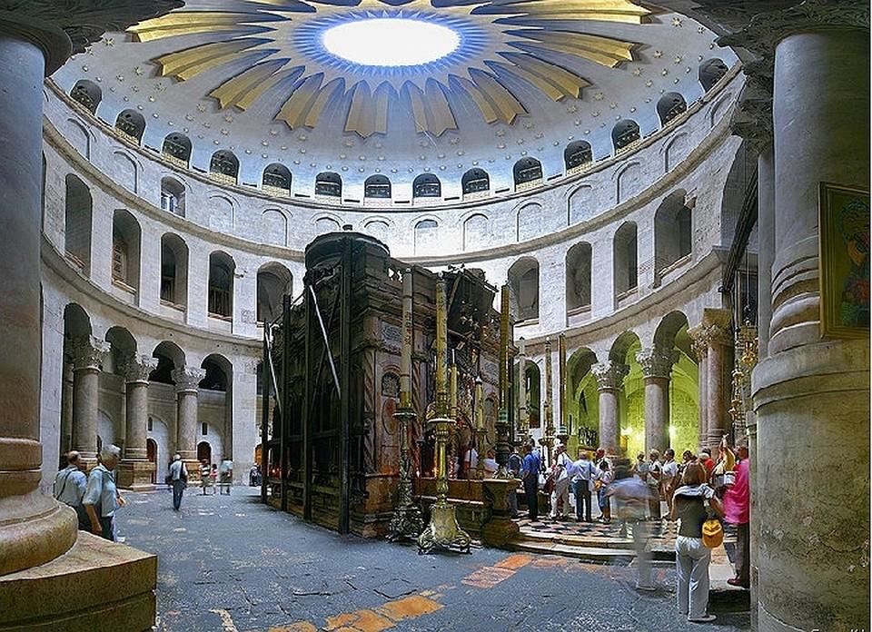 Храм Гроба Господня откроют после протестов