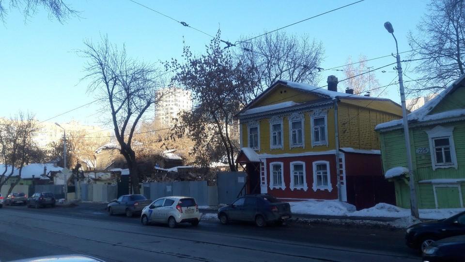 В Самаре сносят дома, которые покрасили к чемпионату