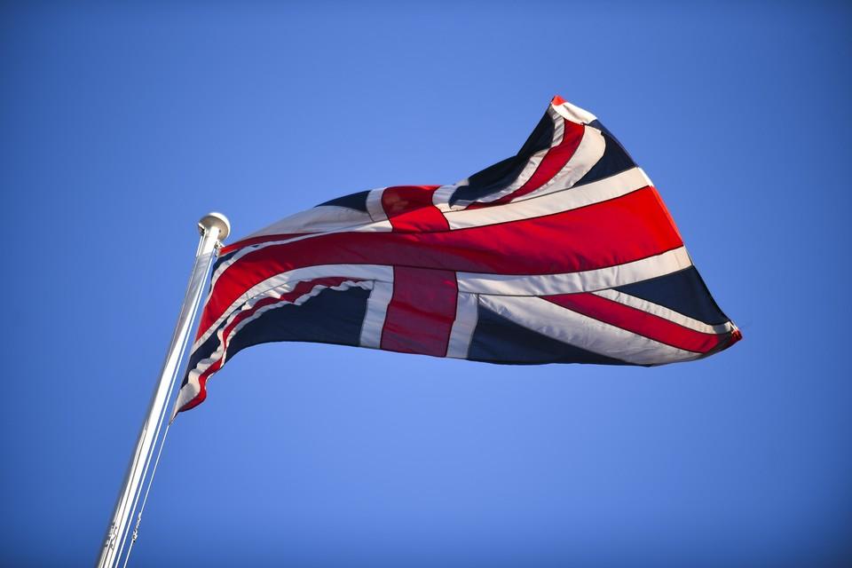 Британия продолжает бездоказательно обвинять Россию в случившемся с Сергеем Скрипалем