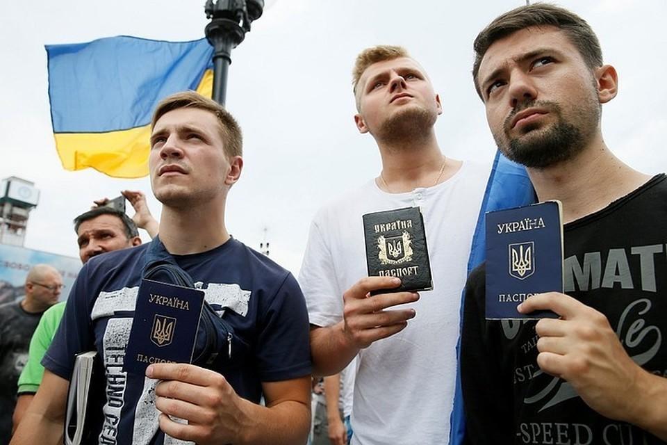 За четверть века после распада СССР на Украине, благодаря националистической пропаганде, выросло целое поколение, для которого генерал Ватутин не освободитель, а палач
