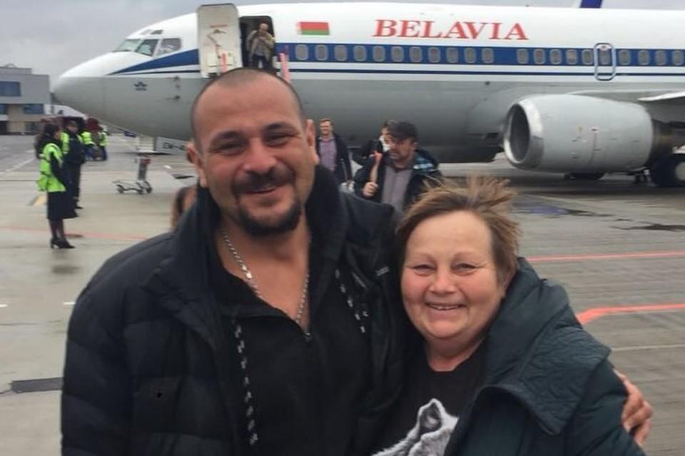 Дмитрий Таразанов и Ирина Оборина перед вылетом из Киева. Фото: Александр Руденко, адвокат