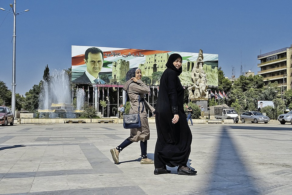 Улицы Алеппо - столицы одного из крупнейших регионов Сирии. Полгода назад город освободили от боевиков при поддержке российской авиации.