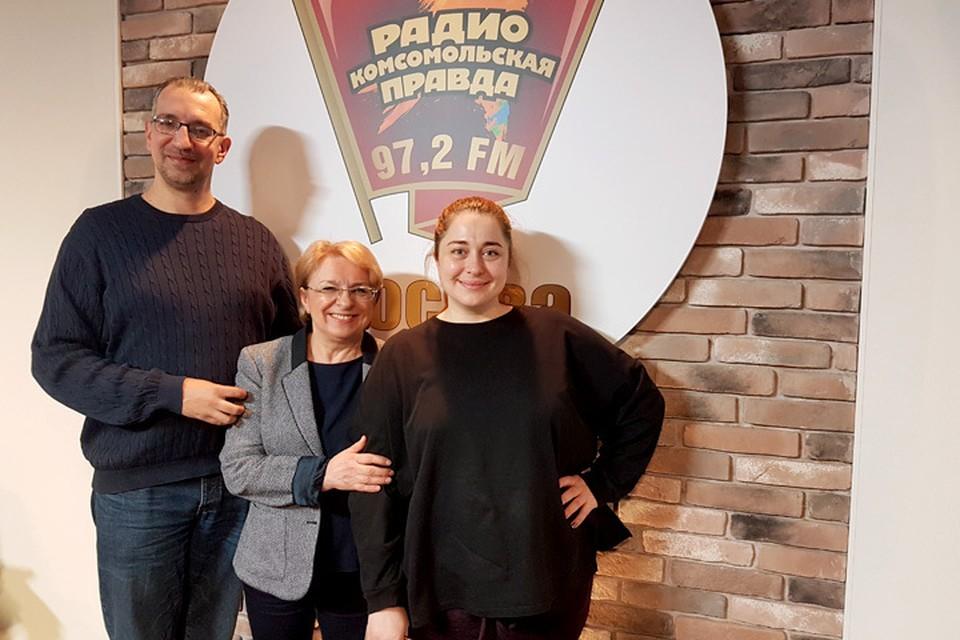 Наша отважная испытательница Мария Баченина (справа), эксперт по питанию Алла Шилина и радиоведущий Михаил Антонов