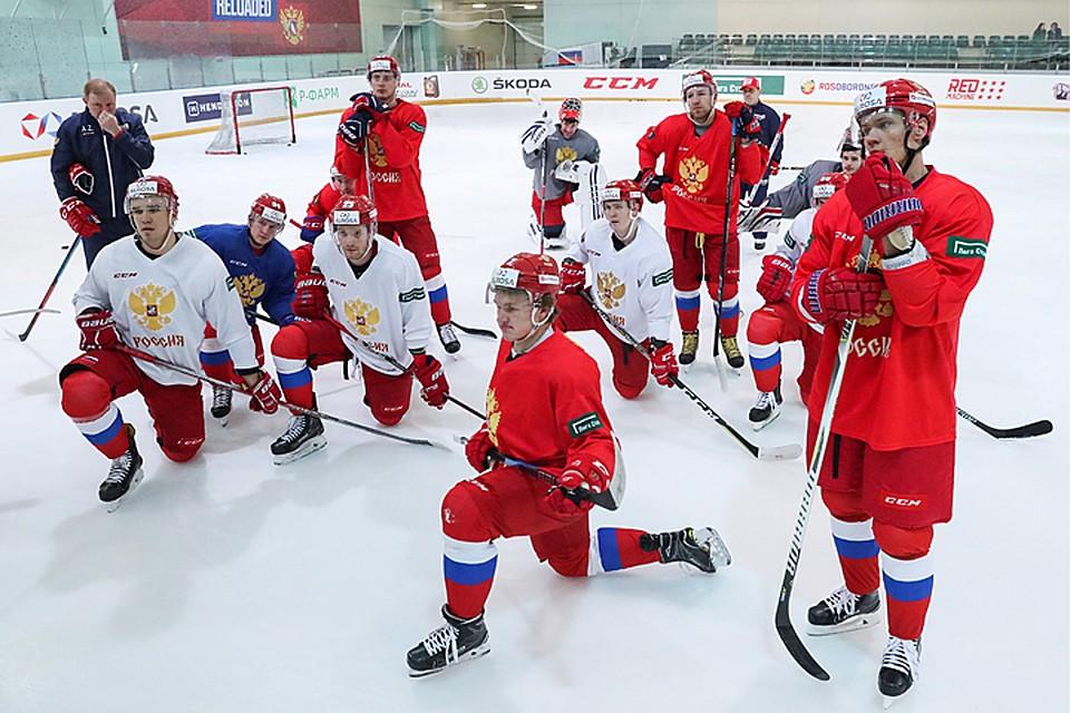 russkie-rasshirennaya-zhenskaya-zadnitsa-shlyuhi-foto