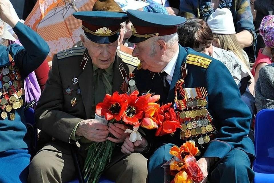 Поделки своими, открытка с ветеранами великой отечественной войны