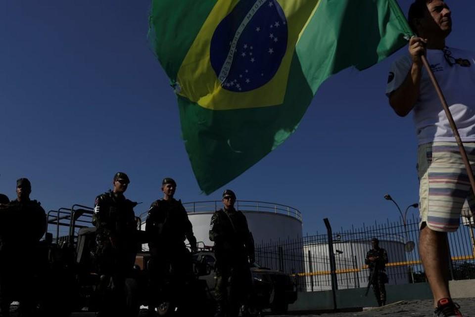 В Бразилии президент пошел навстречу дальнобойщикам и снизил цены на ГСМ