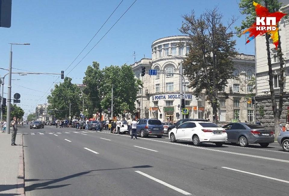 Акция протеста в центре Кишинева вызвала недовольство полиции.