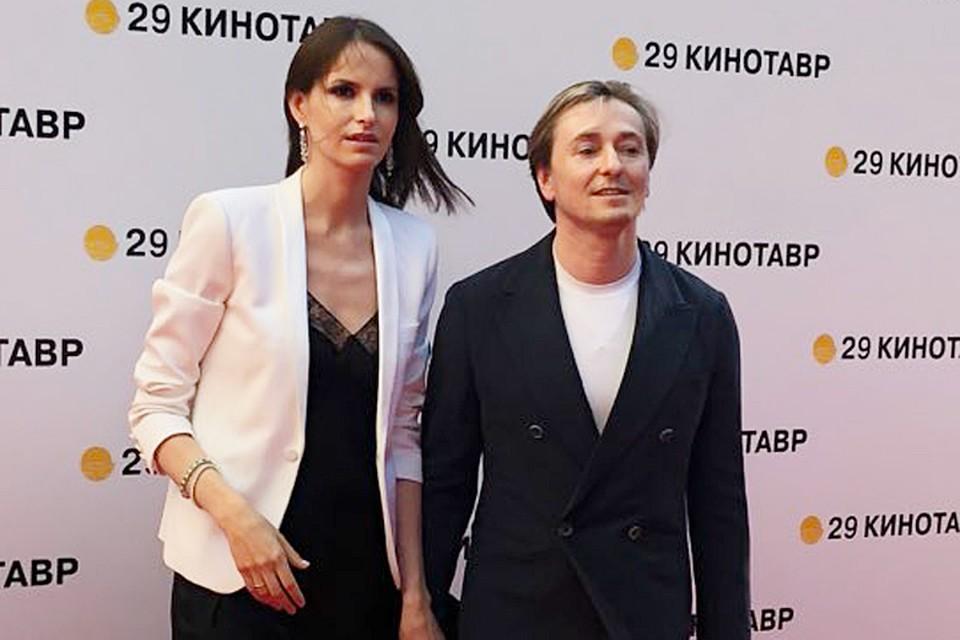 Сергей Безруков с женой режиссером Анной Матисон
