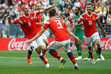 «Жадный до мяча»: первые наставники Юрия Газинского - о пути к успеху футболиста, забившего первый гол Чемпионата мира