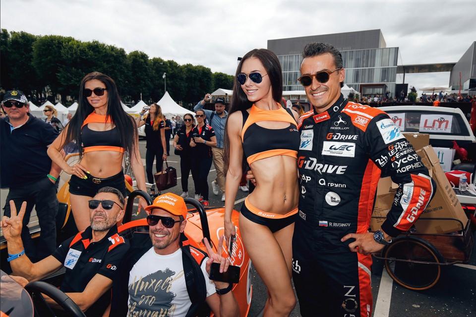 Сергей Шнуров отправился во французский город Ле-Ман (200 км от Парижа), чтобы поддержать российскую команду G-drive Racing на главном событии в мире автоспорта - гонке «24 часа Ле-Мана». Фото: соцсети