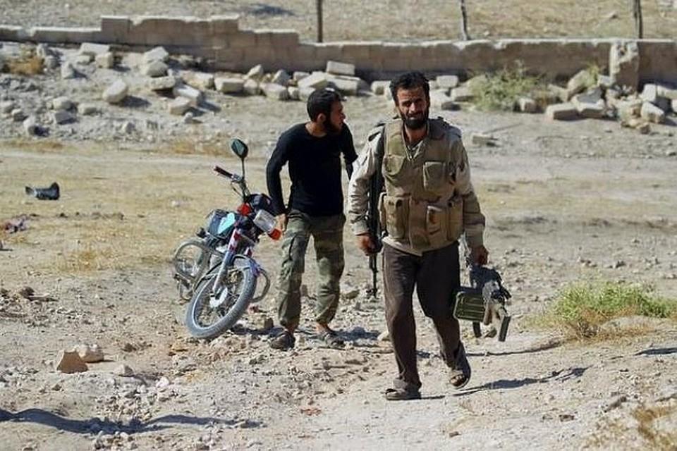 В Сирийском Умм-эт-Тиур мирные жители возвращаются в свои дома