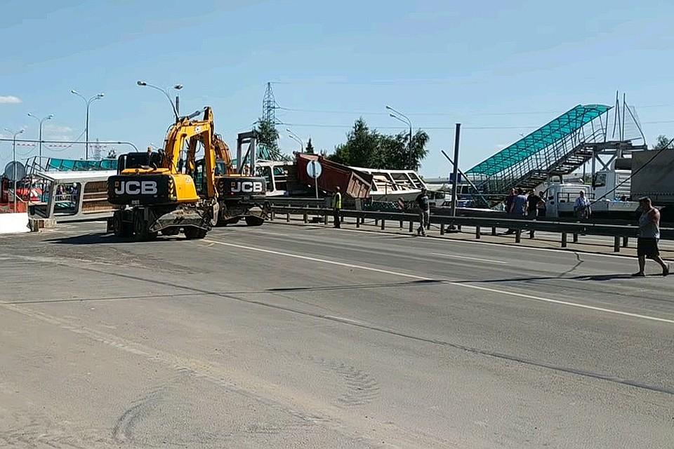 бентли упала с моста ленинградке