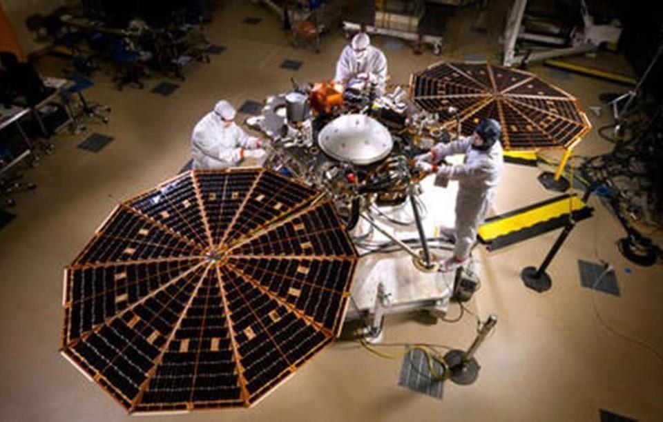 Имена 1000 киприотов летят к Марсу