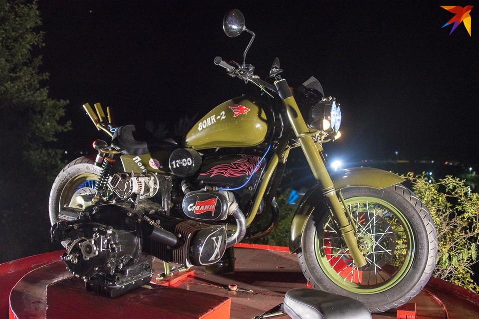 """Новый мотоцикл """"Волк 1700"""" называют русским """"Харлеем"""""""